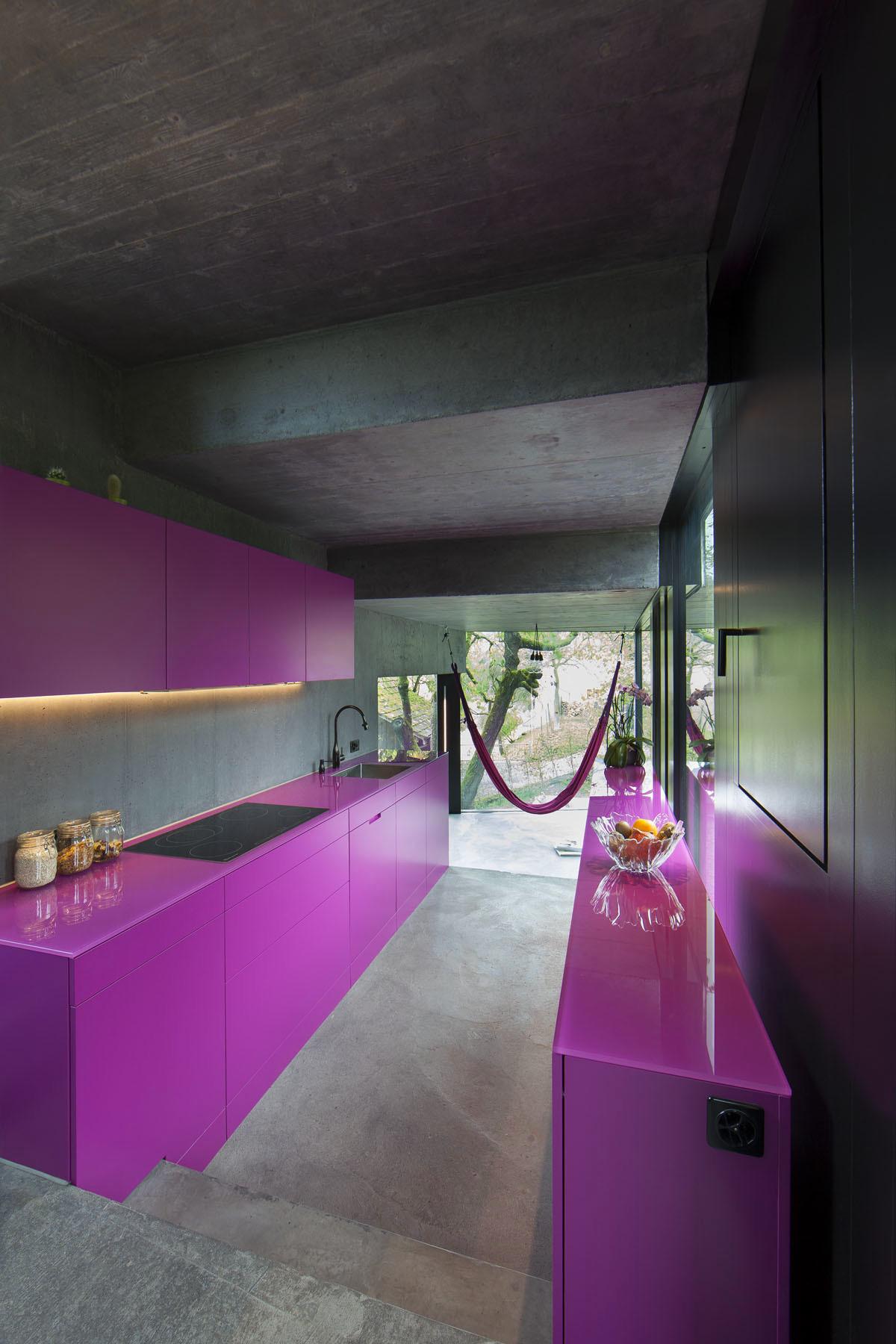 Современный частный дом Trübel из бетона от студии L3P